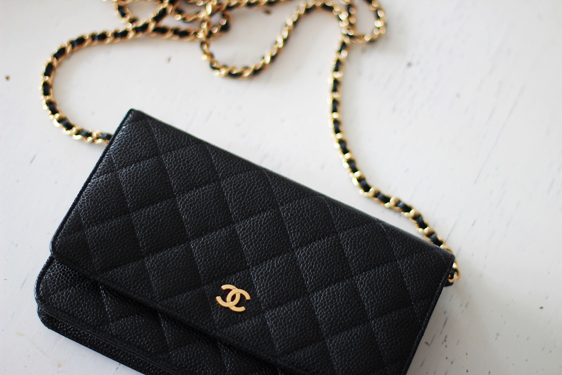 Chanel wallet on chain 2