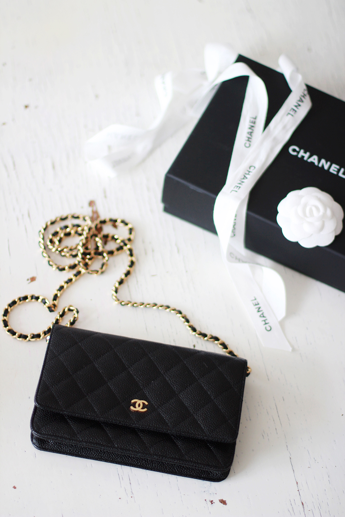 Chanel wallet on chain 4