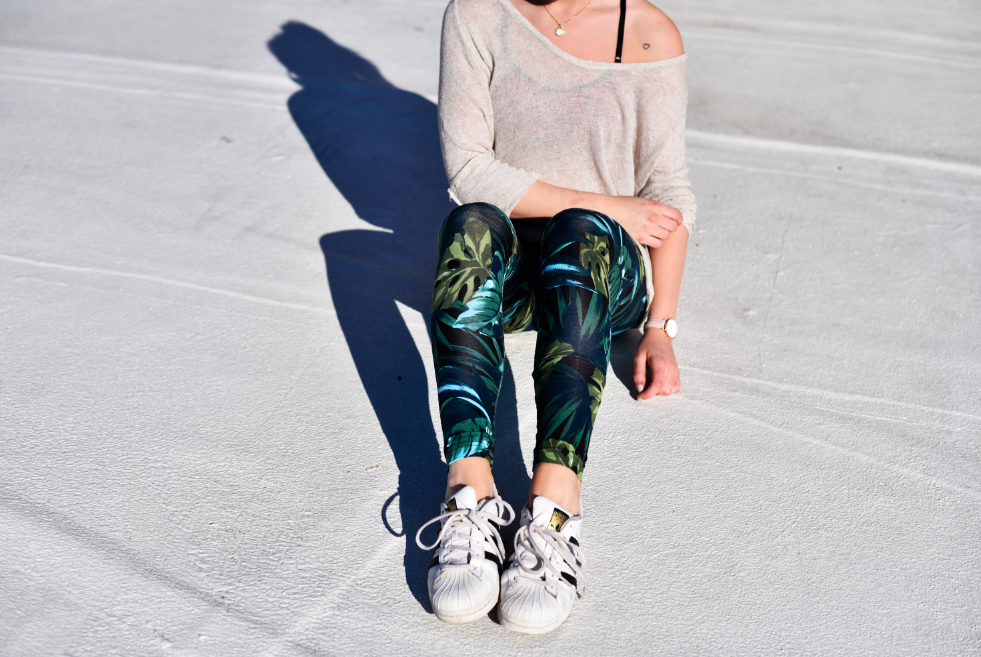 Jennie from the Blog jungle print leggings 2